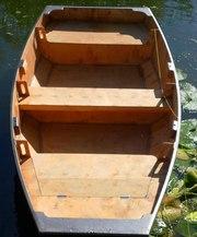Новая вёсельная лодка