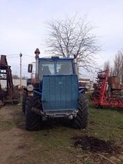 продам трактор т150к