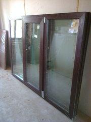 Продам пластиковое окно 1900х1400,  ламинированое