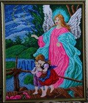Вышитая картина-образ «Ангел-хранитель» 39х47 см (в рамке)