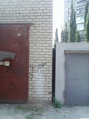 Капитальный гараж на Шуменском,  р-н АТБ. Проходное место